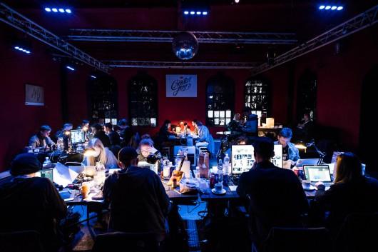 Der Designwettbewerb Creative Jam fand vor dem Creative Meet Up in der Reithalle Dresden statt.