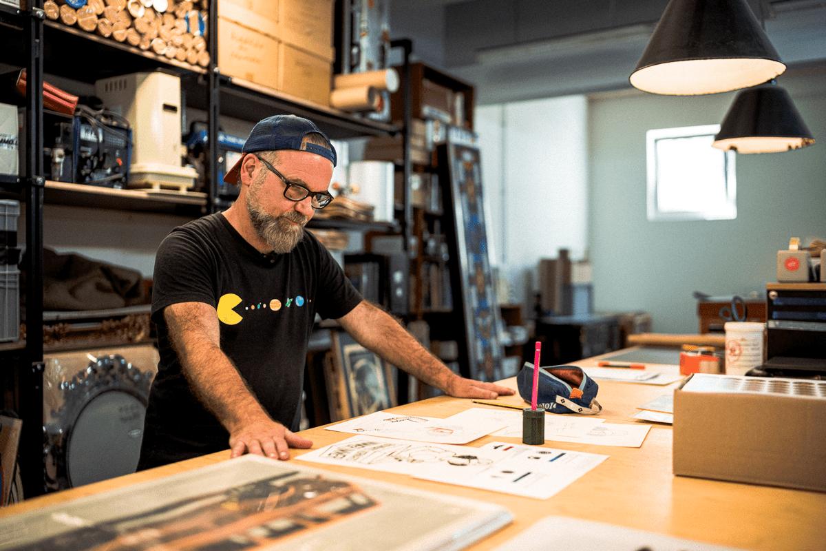 Douze startete mit dem Motiv in seinem Atelier.