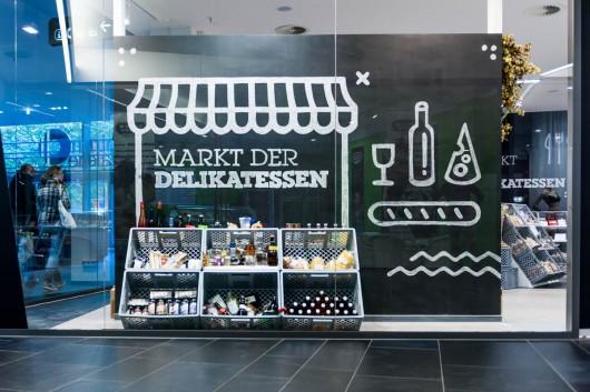 CROMATICS führt lokale Marken im HY Pop Up Store zusammen. Die Centrum Galerie Dresden bietet die Fläche dazu.