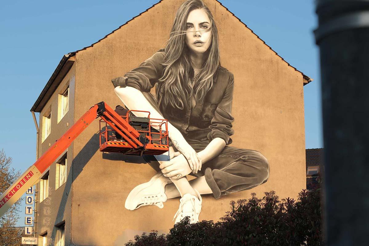 In Köln konnte CROMATICS eine Wand an der viel befahrenen Straße für Zalando bespielen.