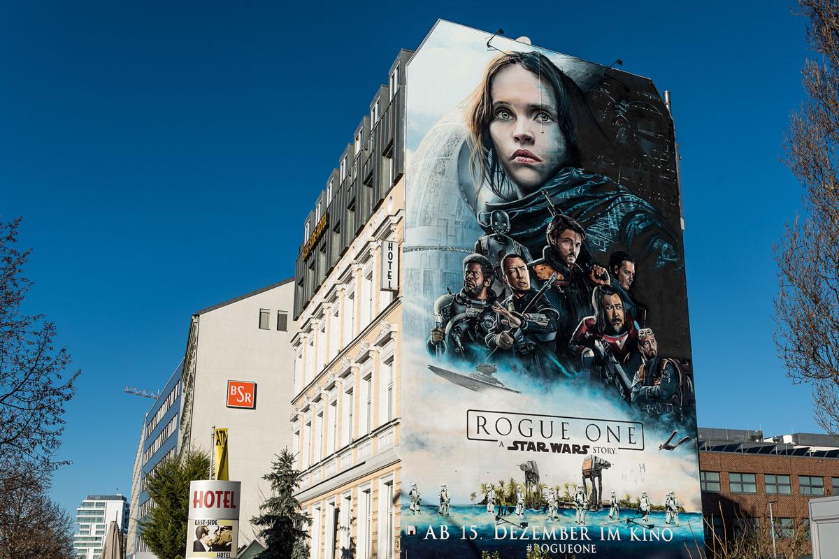 Das erste Motion Mural ist fertig. Für den Kinofilm Rogue One wurde in Berlin das Graffiti und die Animationen zum ersten mal vereint.