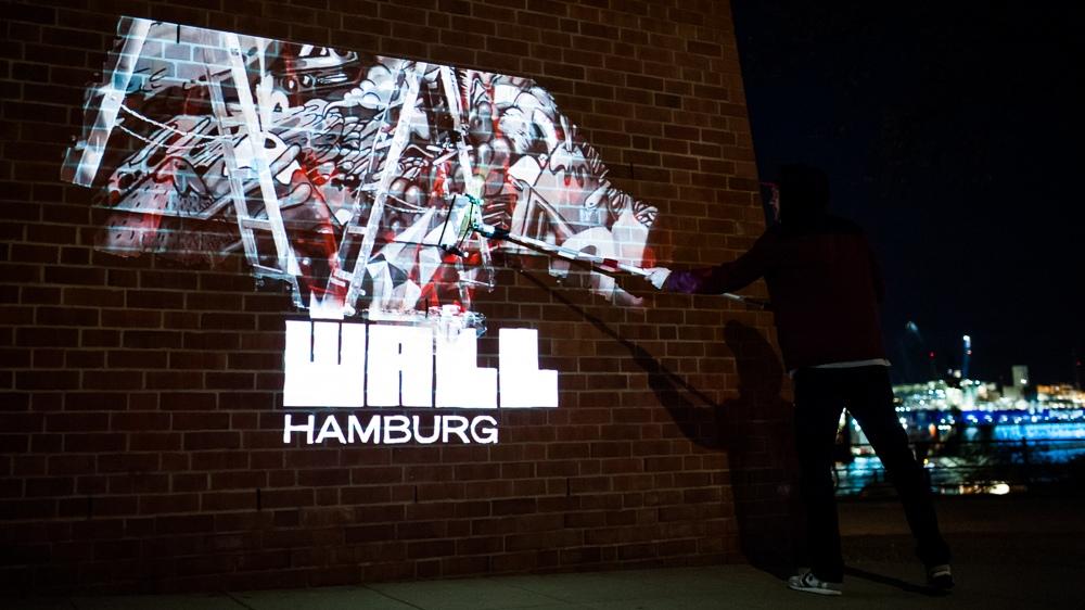 Die Wall 2 Wall Tour durch 4 deutsche Städte führte zur Innovation aus Urbanart und Digitalen Tools zum Digital Paintroller.