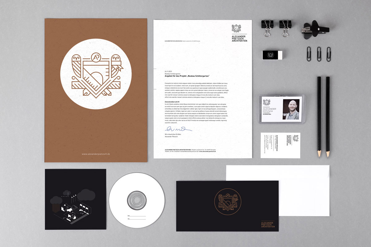 Die Geschäftsausstattung von Alexander Pötzsch Architekten. Alle Materialien sowie Marke wurde von CROMATICS entwickelt.