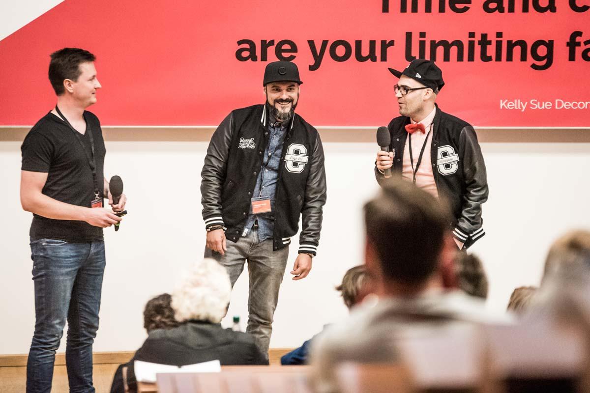 Die Geschäftsführer von CROMATICS eröffnen die 99U Local in der Technischen Universität Dresden.