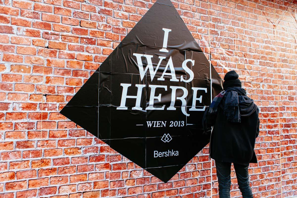 I was here. Das war der Event Claim zur Eröffnung des Bershka Flagship Stores in Wien. Durchgeführt von CROMATICS.