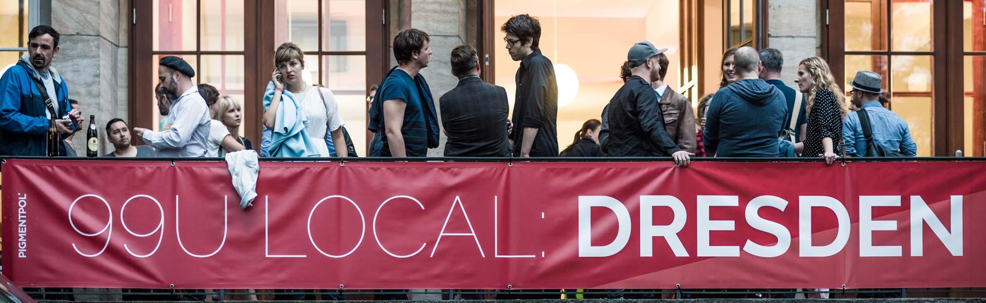 Dresdner Kreative treffen sich zum Netzwerken in der TU Dresden. So ist die 99U Local in Dresden von CROMATICS. Ein typischer Relationship Playground.