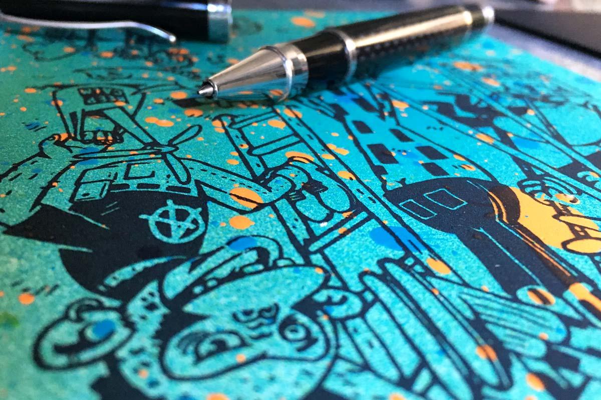 Persönliche Grüsse werden noch per Hand auf die Neujahrskarten geschrieben. Das Motiv kommt von GoGoPlata.